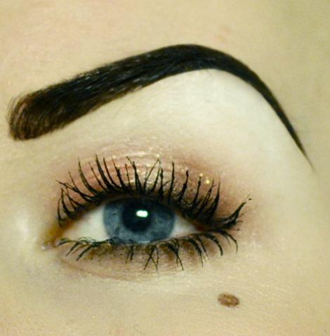 Styling- und Beauty-Tipp Berlin | 20er inspirierte Augenbrauen