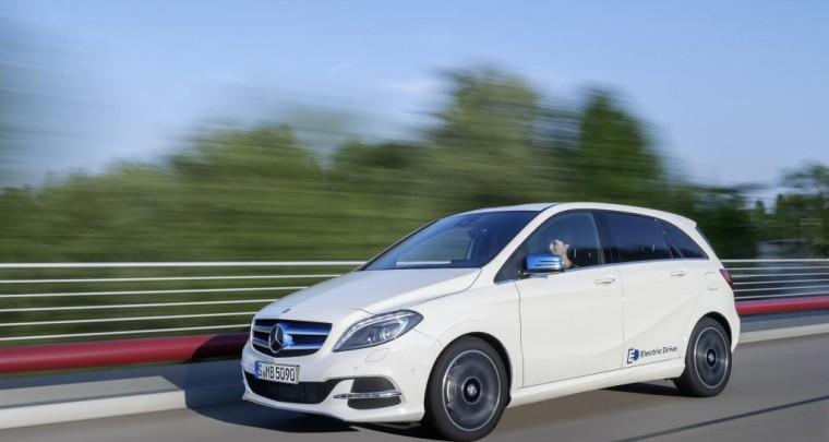 Mercedes-Benz Bank fördert Elektromobilität mit einzigartigem Mobilitätspaket für die B-Klasse Electric Drive
