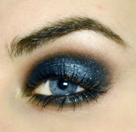 Styling- und Beauty-Tipp Berlin | Metallic Teal Smokey Eye