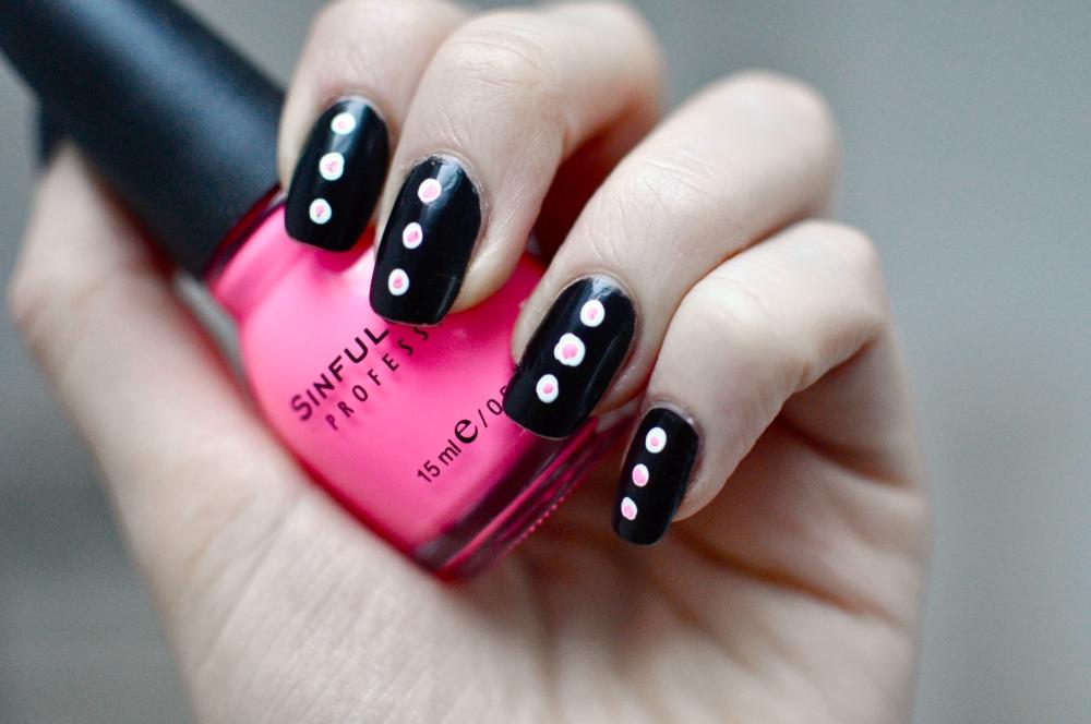 neon nails 1