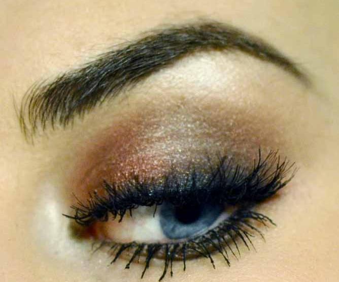 Styling- und Beauty-Tipp Berlin | Rot-braunes Smokey Eye Make-up