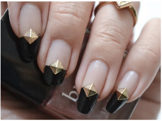 Manicure Monday | NAIL TUTORIAL# Black, studded French Manicure