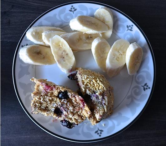 Tip Tuesday | Mikrowellen Muffin mit Blaubeeren und Haferflocken, Zubereitungszeit: 5 Minuten