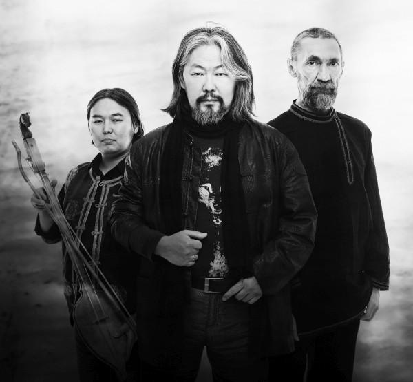Musiktipp: Yat-Kha - Traditioneller Kehlkopfgesang aus Tuwa meets Postrock