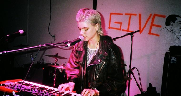Musiktipp: Soko live in Berlin - Indieballaden hautnah