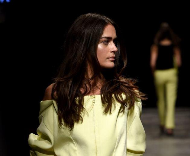 Mercedes-Benz Fashion Week Istanbul, März 2015 – Ipek Arnas, für Sie – F/S 15
