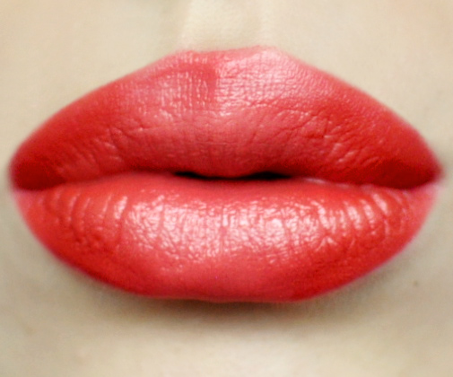 Styling- und Beauty-Tipp Berlin | Plump Coral Lips