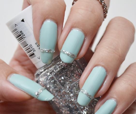 Manicure Monday | NAIL TUTORIAL #Matte, mintgrüne Nägel für frische Frühlingsgefühle