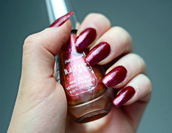 Styling- und Beauty-Tipp Berlin | Red Glitter Ombre Nails