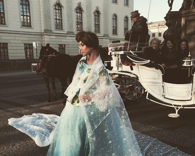 Rockmädchen Shooting: Brautmode der Extraklasse