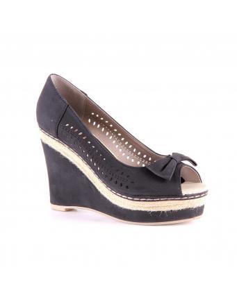 Mädchenhafte Keilabsatz Schuhe