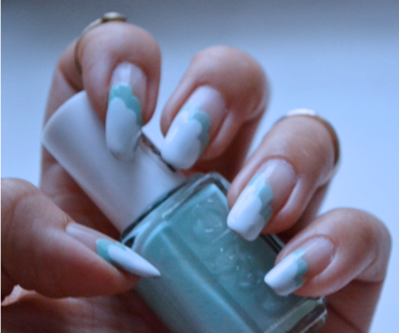 Manicure Monday |NAIL TUTORIAL #Fluffly mint & white clouds