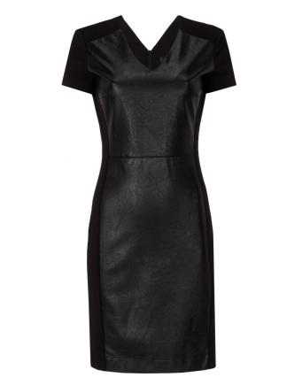 New Styles: Lederpatch Kleid by Oui