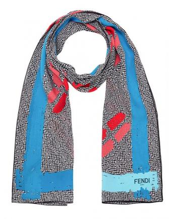 Accessoire Trends: Schal by Fendi