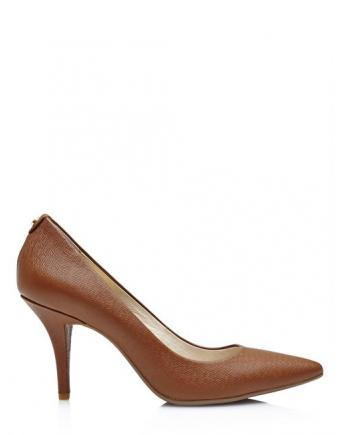 Pumps in Braun by Michael Kors