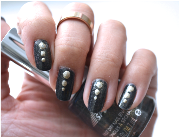 Manicure Monday |NAIL TUTORIAL #Elegant dots