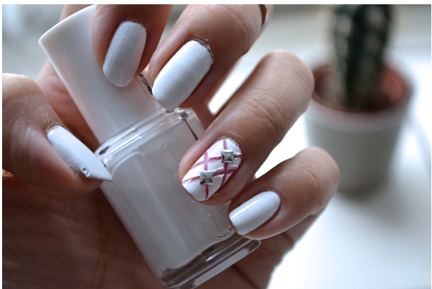 Manicure Monday |NAIL TUTORIAL #Woven and studded