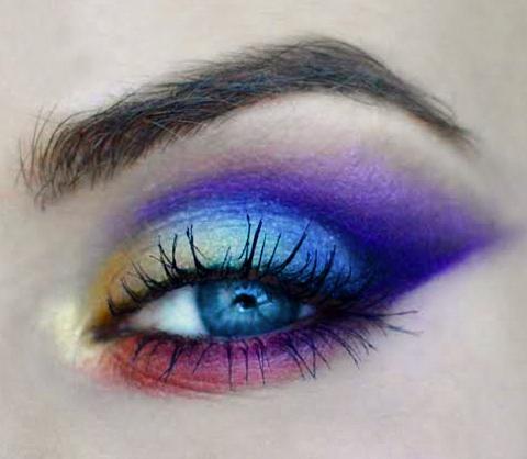 Makeup Tutorial: Pride inspired Eye Makeup