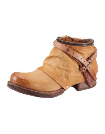 Wildleder Boots in Braun by A.S.98