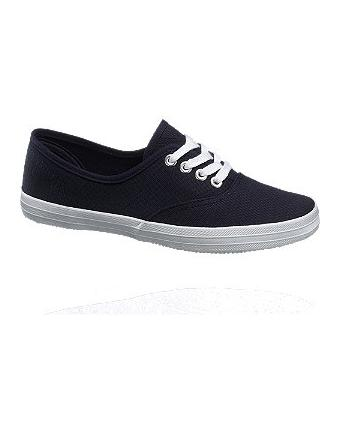 Comfortable sand shoes in navy blue