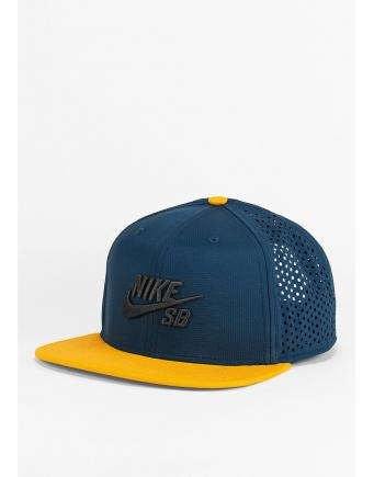 SB Performance Truckerf. BlueblackGold by Nike