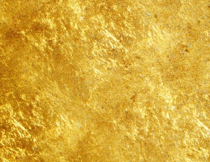 Gold Gesichtsbehandlung - Wunderheilmittel gegen Falten oder Geldmacherei?