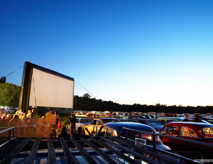 Drive-in theater - Dating just like in the 60ies