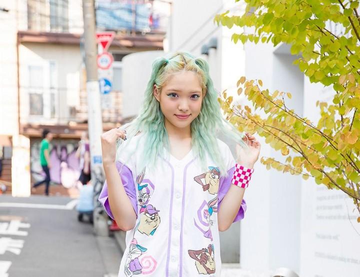 Tokyo Street Style – Manga, School Girls & Kimonos