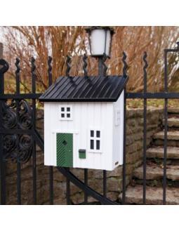 Briefkästen Häuschen by Wildlife Garden