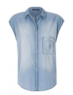Short-sleeved jeans blouse in light blue