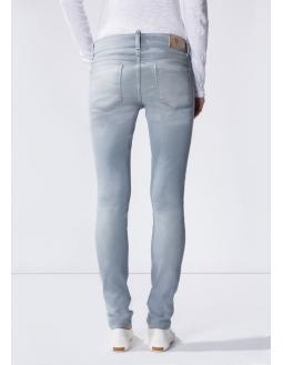 Denim: Slim-Fit Jeans aus weicher Baumwolle