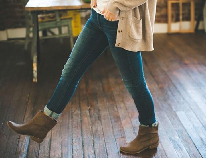 Mittel gegen scheuernde Oberschenkel in Jeans