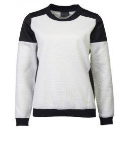Pullover mit schwarzen Kontrast Einsätzen by Gestuz
