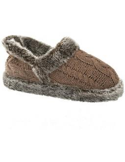 Fluffy slippers in brown