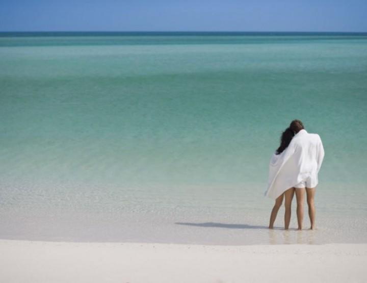Urlaub machen wie 007 auf der Privatinsel Parrot Cay