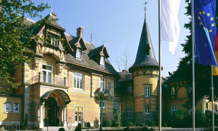 Villa Rothschild Kempinski: acht auf einen Streich