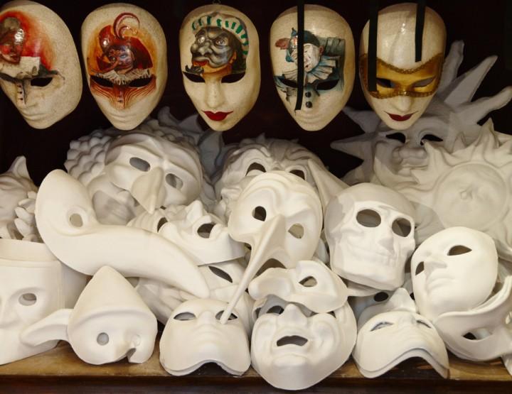 Pestarztmaske - Dunkler Karnevalstrend