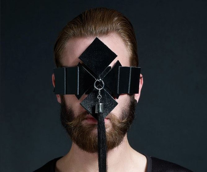 Florian Dovillez – Hairstylist & Hutdesigner