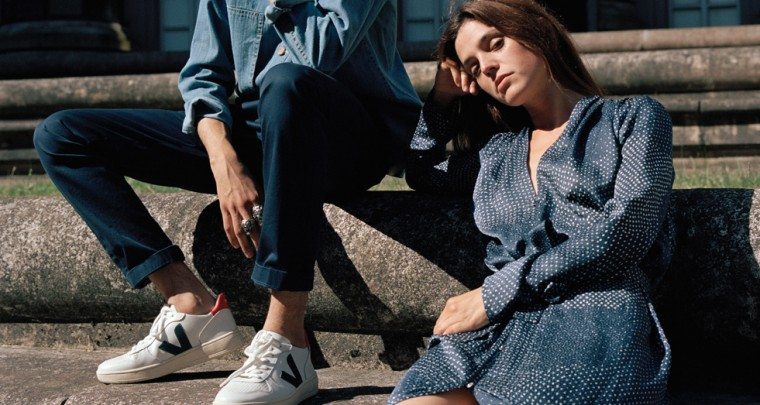 Veja – Sneakers in the refined monochromatic look