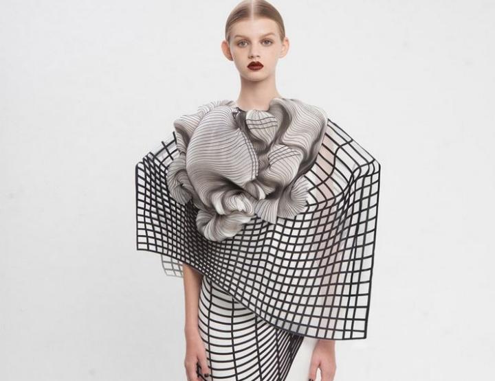 Noa Raviv läutet mit 3D Print die Zukunft der Mode ein
