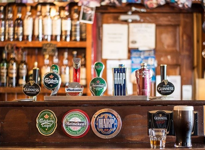 Irland, seine Kobolde, die Pubs und Ich
