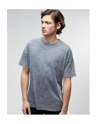 ASOS - Oversize-T-Shirt in Acid-Waschung im Distressed-Look - Grau