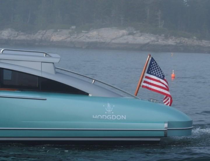 Hodgdon's 10.5m Limousine Tender