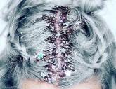 (Deutsch) Der neue Haar-Trend: Glitter Roots!