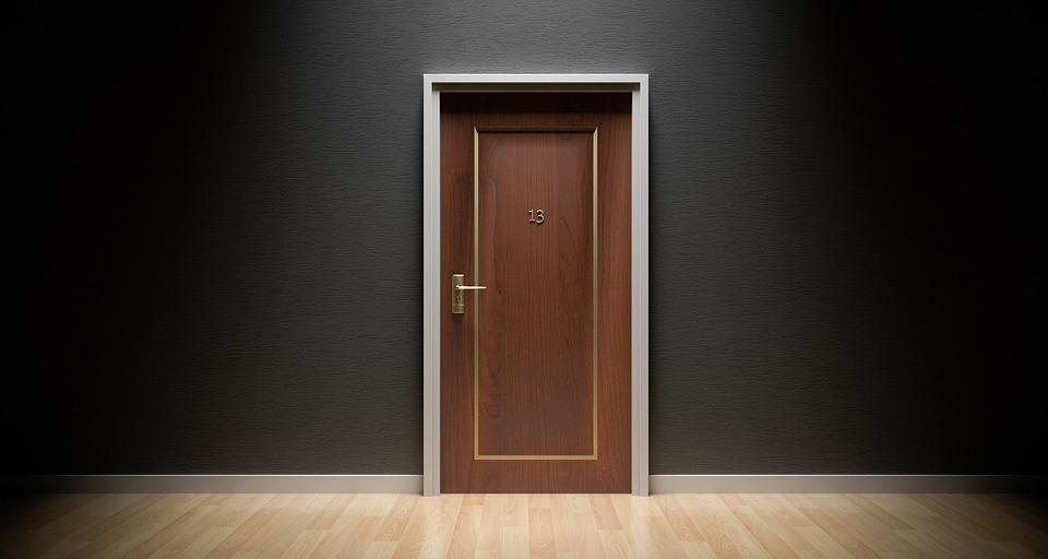 door-1587023_960_720