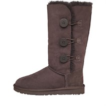 UGG Australia Damen Bailey Button Triplet Button Stiefel Braun