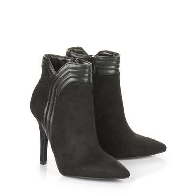 Stiefelette in schwarz