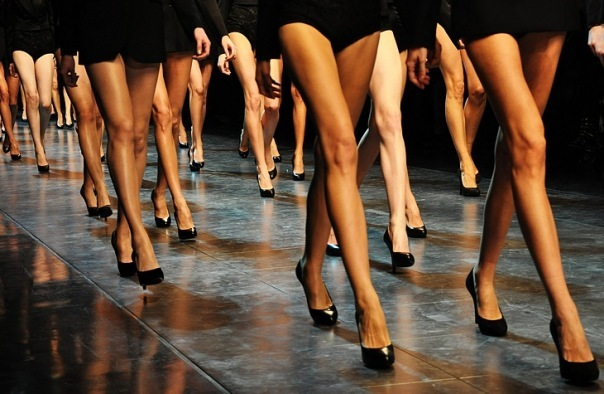 female-legs-model-models-shoes-favim-com-191625