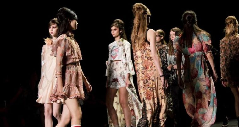 New York Fashion Week Fall Winter 2017 - Anna Sui