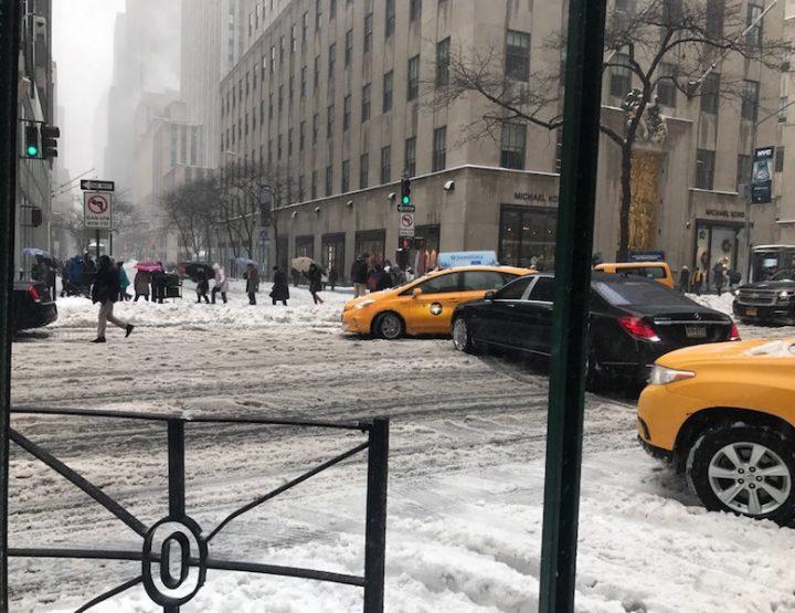 New York City - Schneechaos eine Stadt ist überfordert